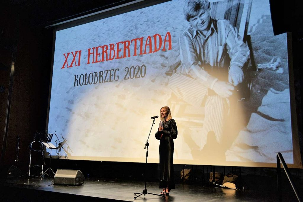 Katarzyna Zawadzka poprowadziła wieczór herbertowski